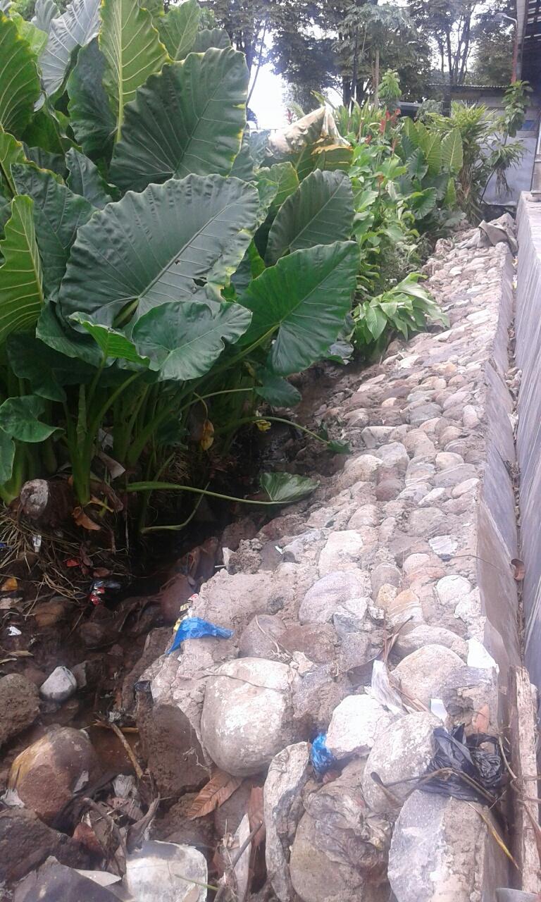 Diduga Tidak Sesuai Spek, Belum Lama Selesai Drainase Jln. Sutoyo Kota Kotamobagu Ambruk