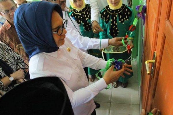 Tatong Bara Resmikan Gedung MTS Al - Hikmah Mogutat Kotamobagu