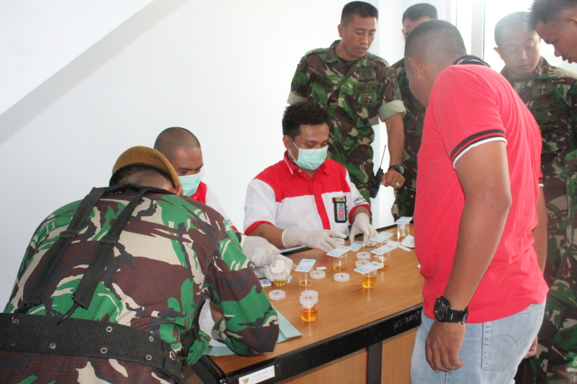 BNN Bolmong Gelar Tes Urin di Yon ARMED 19/105 Tarik Lolak