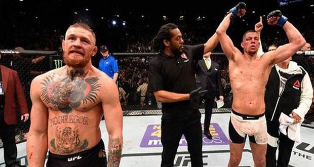 Cekik McGregor hingga Tersedak, Diaz Buat Kejutan di UFC 196