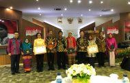 Bupati Bolmong Terima Sertifikat Pembekalan Kepemimpinan Pemerintahan Dalam Negeri Republik Indonesia
