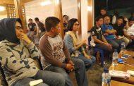 Terkait Hutang Piutang, Yasti Tantang Djainudin Damopolii Sumpah Pocong