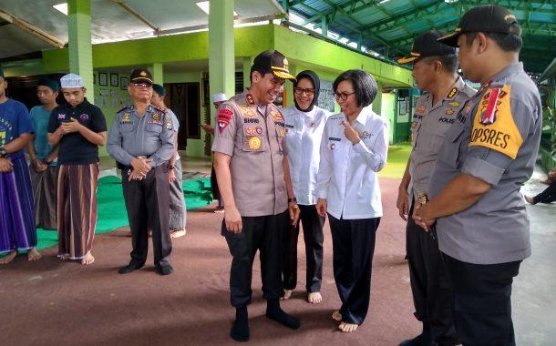 Bersama Walikota Bupati Bolmong Temani Kapolda Sulut Sambangi Dua Tokoh Agama di Kotamobagu