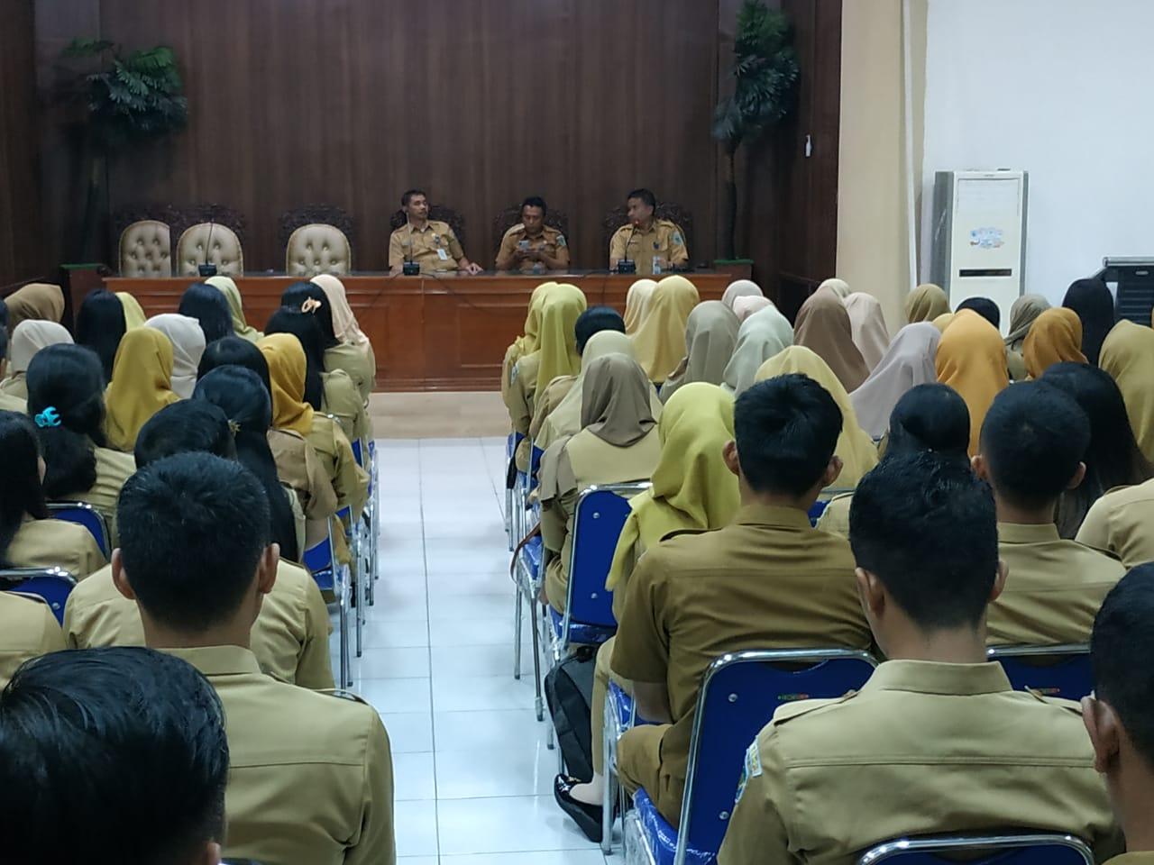 Pemkab Bolmong Sambut Para CPNS di Hari Perdana Masuk Kantor