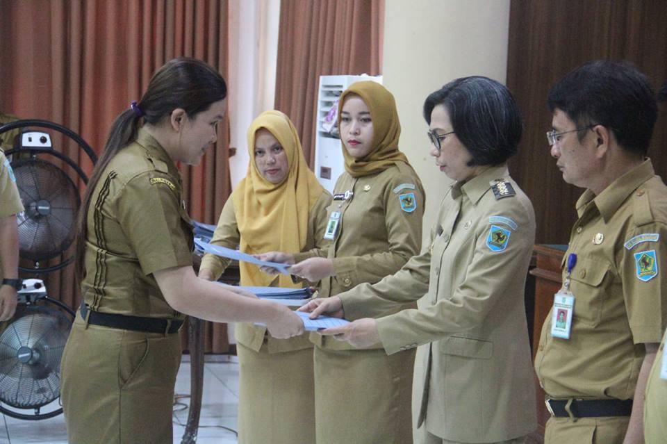 218 CPNS Terima SK dari Bupati Bolmong