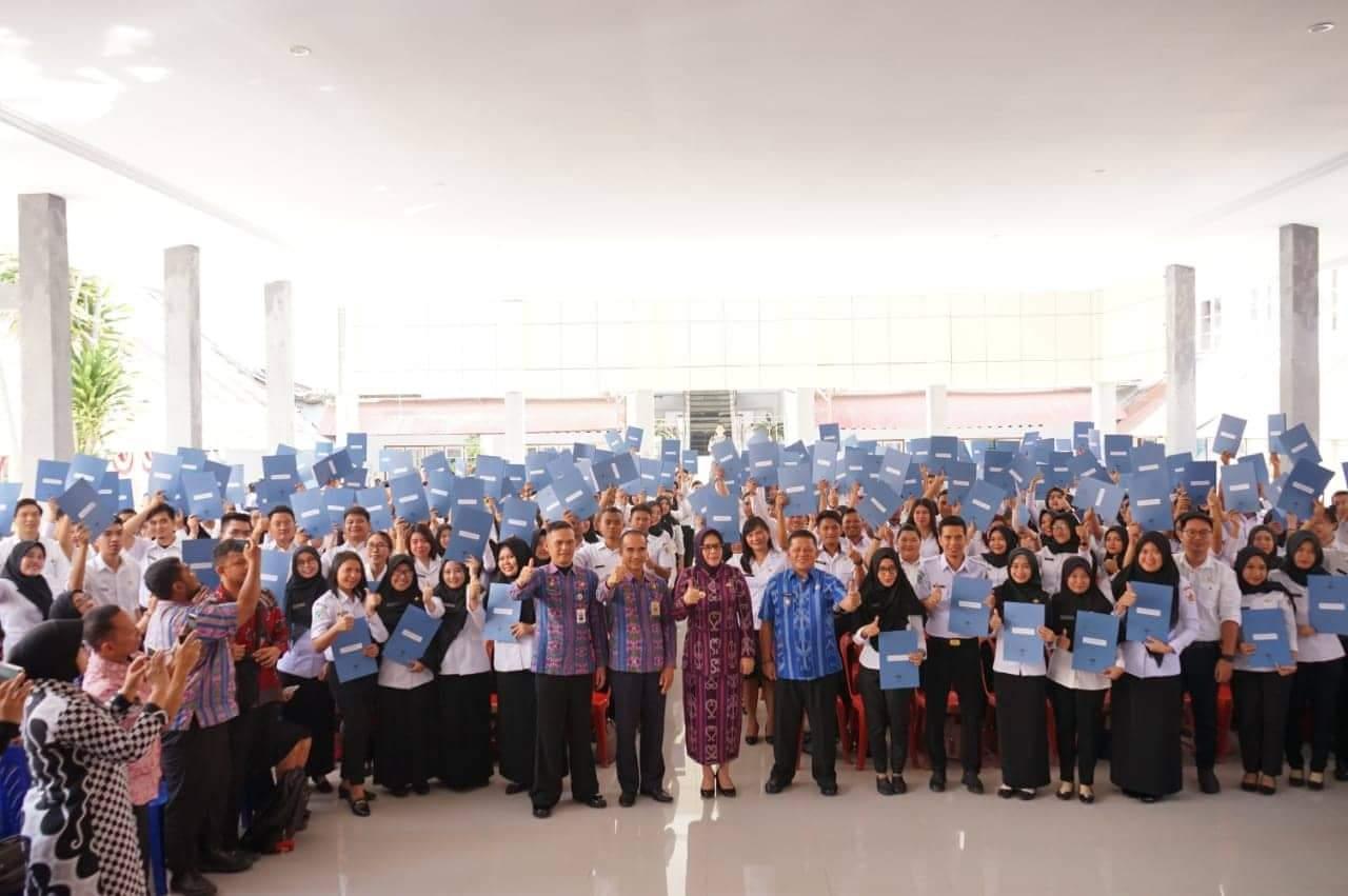 Hari Ini Secara Resmi 232 CPNS Kotamobagu Terima SK Dari Walikota