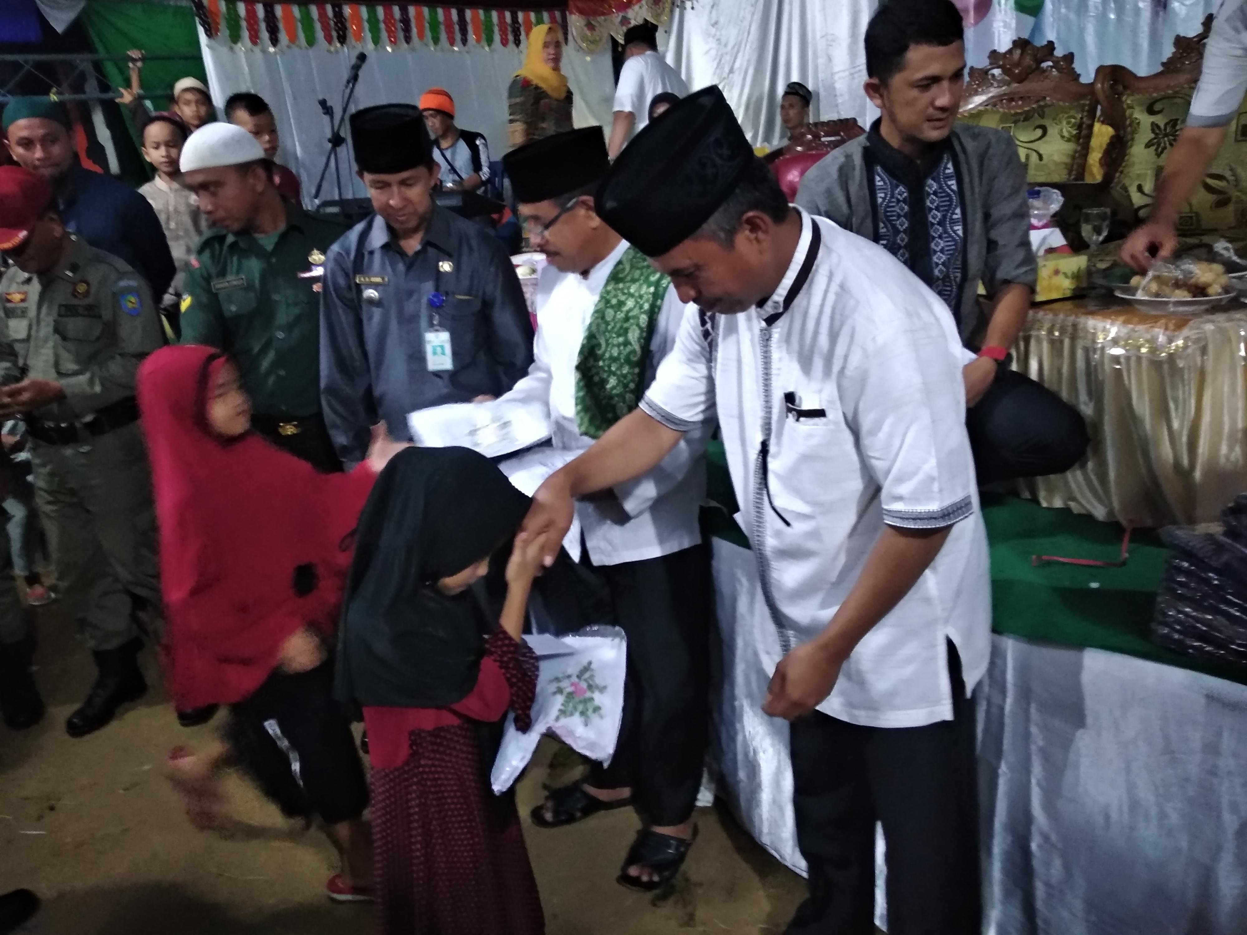 Sekda Bolmong Hadiri Safari Ramadan Desa Komangaan
