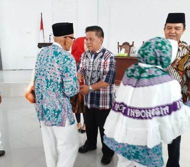 Pemkot Kotamobagu Lepas Calon Jamaah Haji