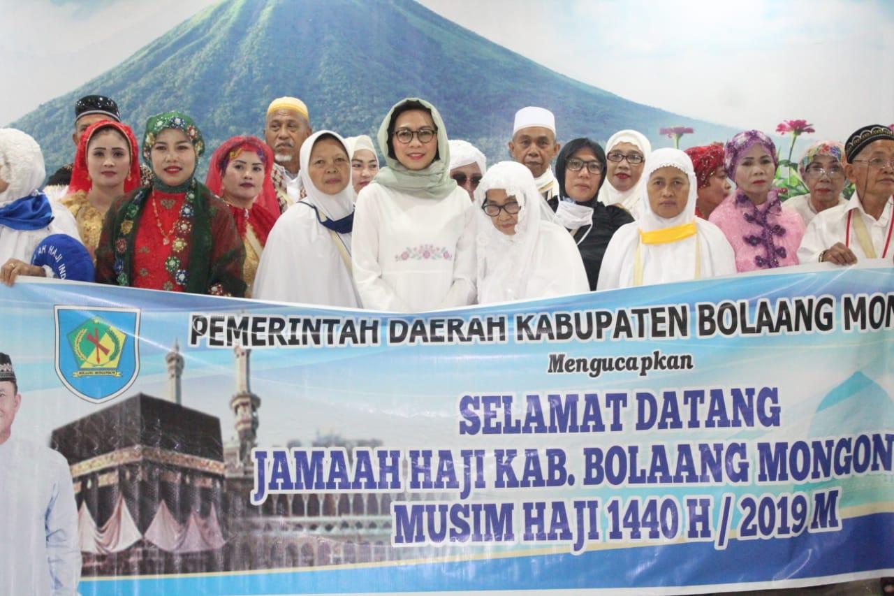 Yasti Jemput Langsung Kedatangan 73 Jamaah Haji Asal Bolmong