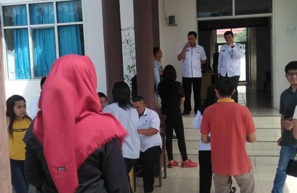 Sejumlah CPNS Bolmong Masih Mengambil Kartu Peserta Ujian
