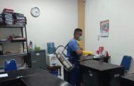 Cegah Corona Seluruh Ruangan Kantor Bupati Bolmong Disemprot Desinfektan