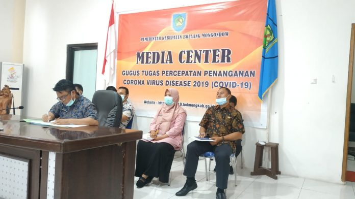 Sekda Bolmong Ikuti Rapat Video Conference Bersama Dirjen OTDA