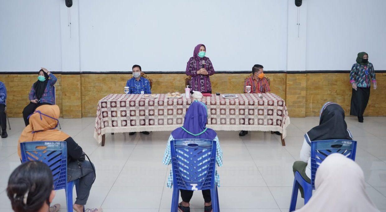 Dua Kecamatan di Kotamobagu Untuk Kelompok Usaha, Dapat KUBE Dari Pemkot Lewat Tangan TB-NK