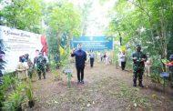 Walikota, TNI dan Polri, Tanam Bibit di Hutan Kota Bonawang