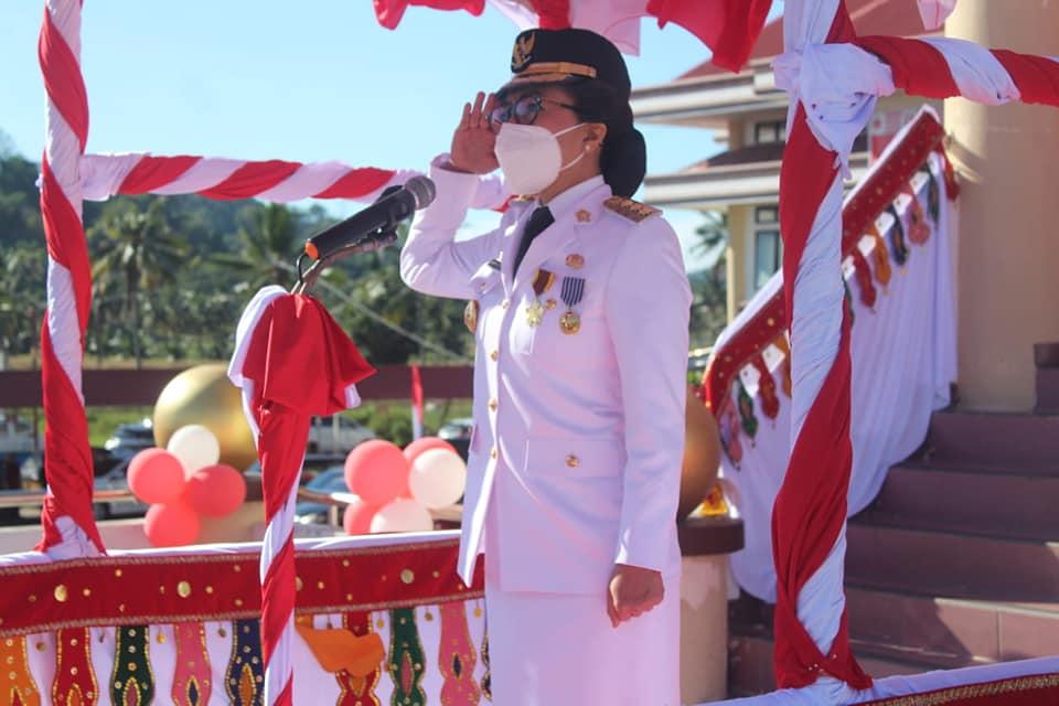 Peringati Hut RI Ke - 75, Pemkab Bolmong Gelar Upacara Bendera