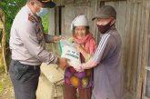Polsek Modoinding Salurkan Bantuan Dari Polda Sulut ke Polres Minsel Untuk Masyarakat