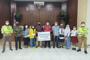 Sekda Bolmong Salurkan Bantuan Beasiswa Pada 46 Siswa