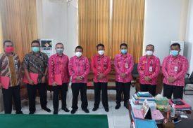 Serahkan SK PLH Tahlis Himbau Para Pejabat Kerja Secara Profesional