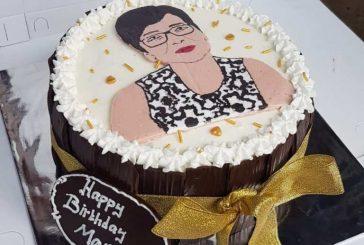 Bisnis Kue Ulang Tahun, Warga Upai Pasarkan Lewat Medsos.