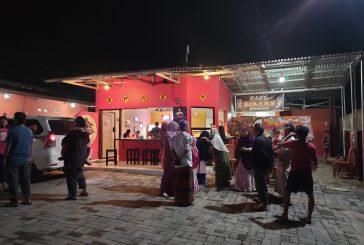 Nikmati Nuansa Cafe Bikers di Lorong Fajar Bulawan.